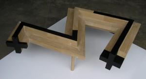 Emilio Gañan, Serpiente, 2009, 35x115x78,5 cm, madera de roble y esmalte