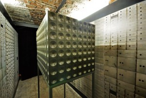 Nicolas Grospierre. The Vault (installation view at BWA Warszawa, 2011)2