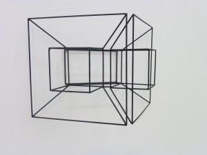 EMILIO GAÑAN. Sculpture enamel on steel rod. I. 2011.47,5 x31x25cm.detail (2)