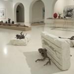 Como quien mueve las brasas y aspira a todo pulmón. Rompe cabeza 2009. Concrete, paint, branches found, paint, 72 x 52 x 80 cm. 72 x 52 x 40 cm. 72 x 45 x 30 cm. Museo de Bellas Artes, Cádiz.
