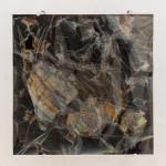 François Bucher, Un evento celeste, sin palabras para descibirlo, deberían haber enviado a un poeta, 2017. Polarizad film, acrylic and polycarbonate, 70 × 70 cm